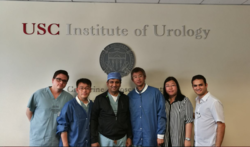 El Dr. JM Peralta en su rotación en el USC Institute of Urology de Los Angeles (1-2,2017)