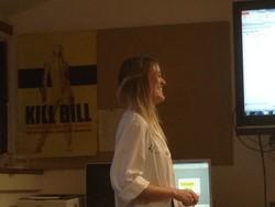 La Dra. Aintzane Goya, R4 del Hosp de Galdakao (Bizkaia) rotando en nuestro Servicio en el 2015